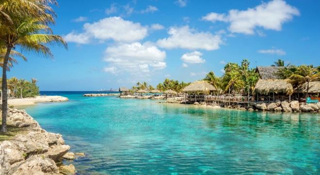 Águas cristalinas de Curaçao, no Caribe.