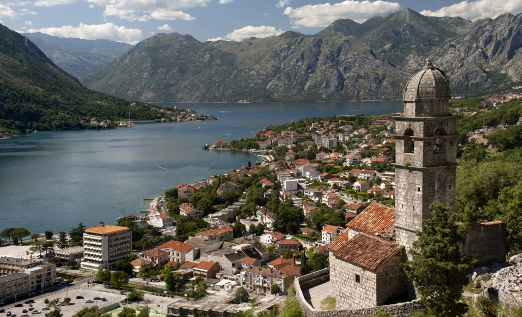 Crkva Gospa od Zdravlja Church Kotor Bay Montenegro Vilas Europeias