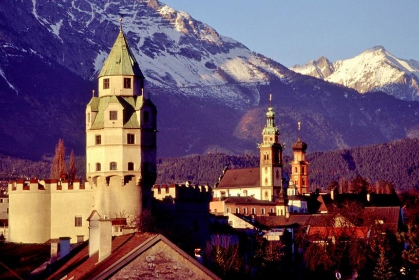 Hall in Tirol Austria Vilas Europeias