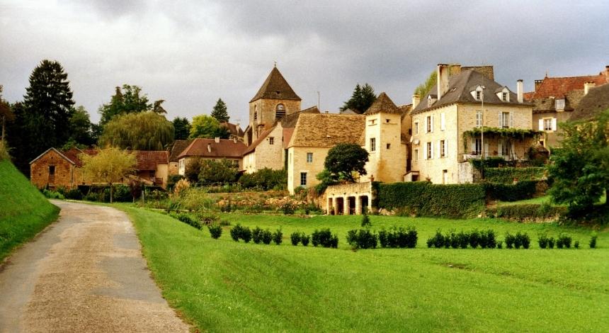 St-Genies França Vilas Europeias